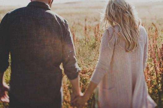 身体だけの関係のエッチフレンドに恋愛感情が芽生えてしまった・・・いまの関係を打破する解決策
