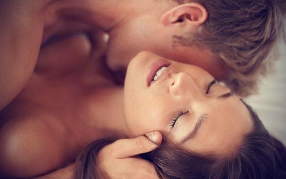 【セックス講座】簡単なのに女性に喜ばれる!意外と知らない女性の感度の上げ方3step