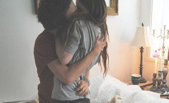 多くの女性を惹きつける男から学ぶ!モテる女をセフレにする秘密のテクニック